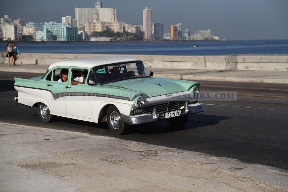 Ford Custom 300 1957