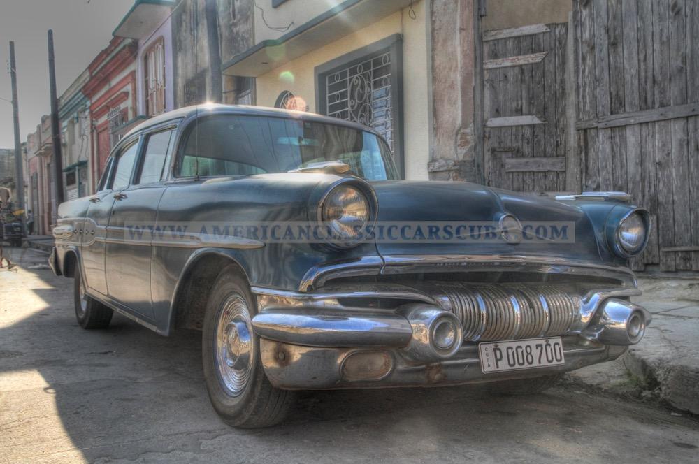 Pontiac in Cienfuegos